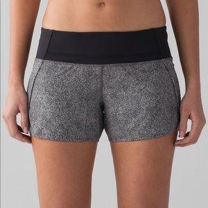 🍋Lululemon Run Shorts